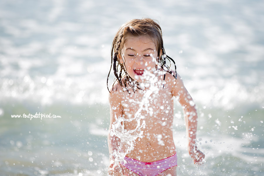 photographe lifestyle enfant plage