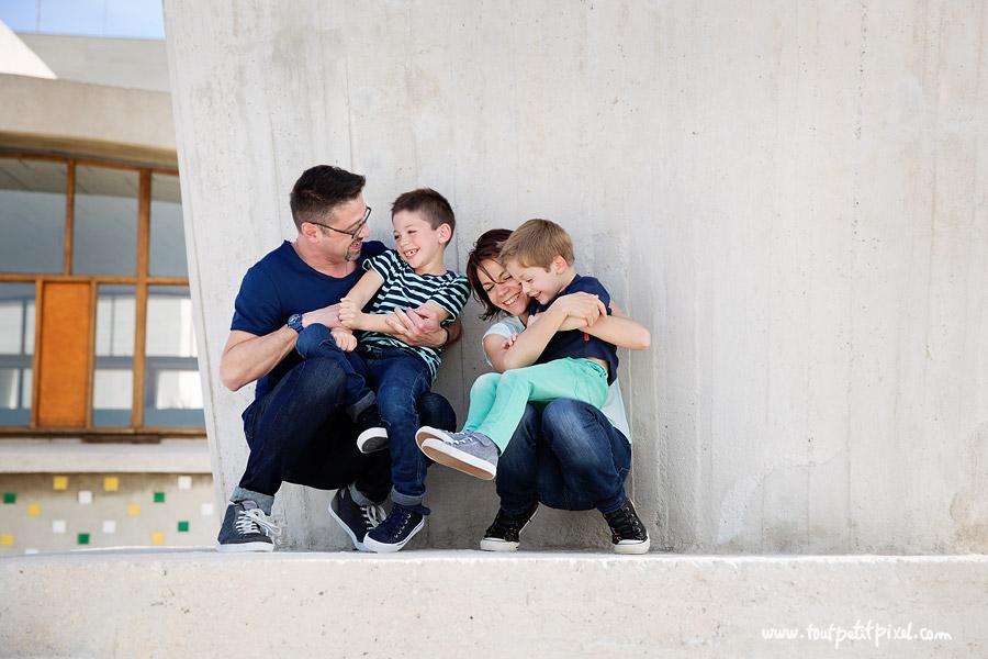 photographe-enfants-famille-marseille.jpg