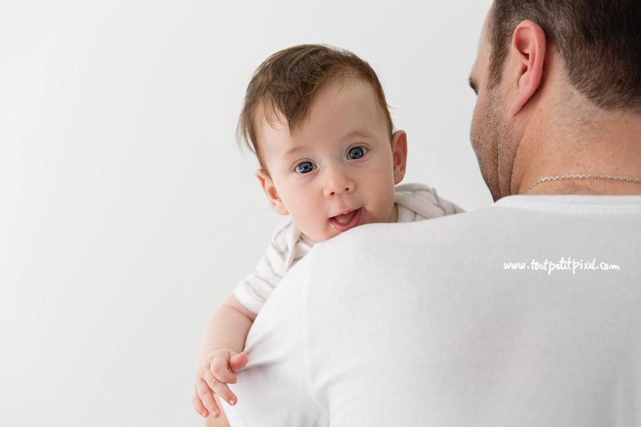 photographe bébé naturel