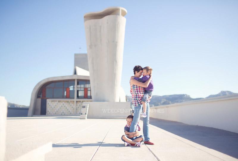 Famille-Tout-Petit-Pixel-Corbusier.jpg