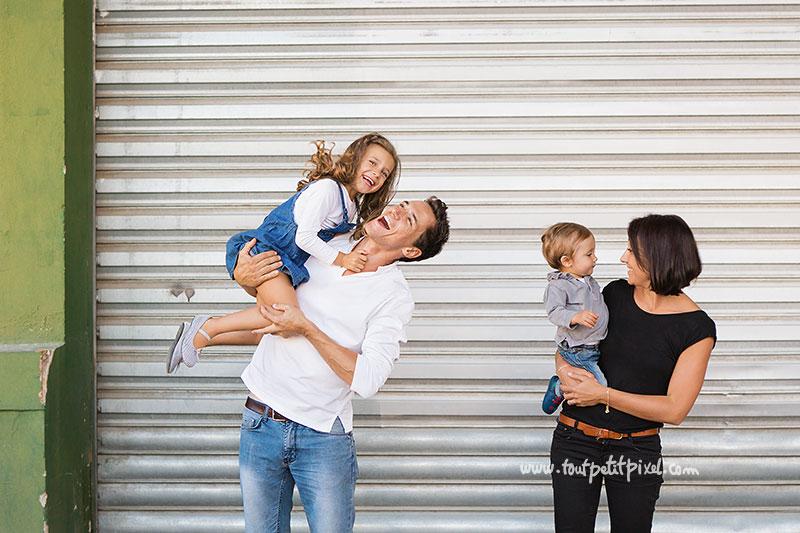 photo-de-famille-joyeuse.jpg