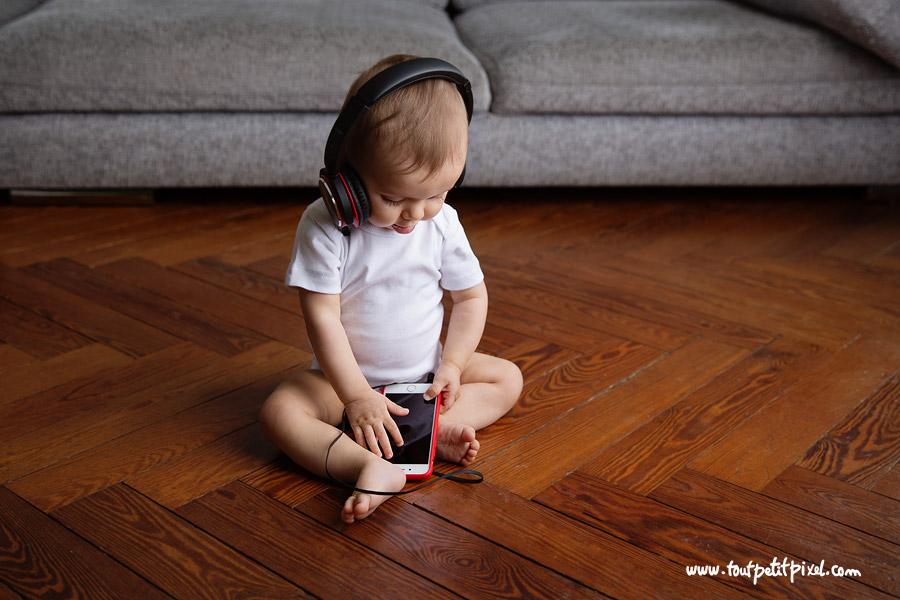 photo bébé lifestyle musique