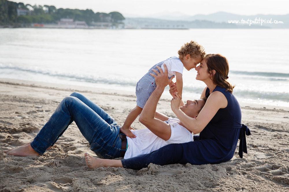 photographe-famille-plage-la-ciotat.jpg