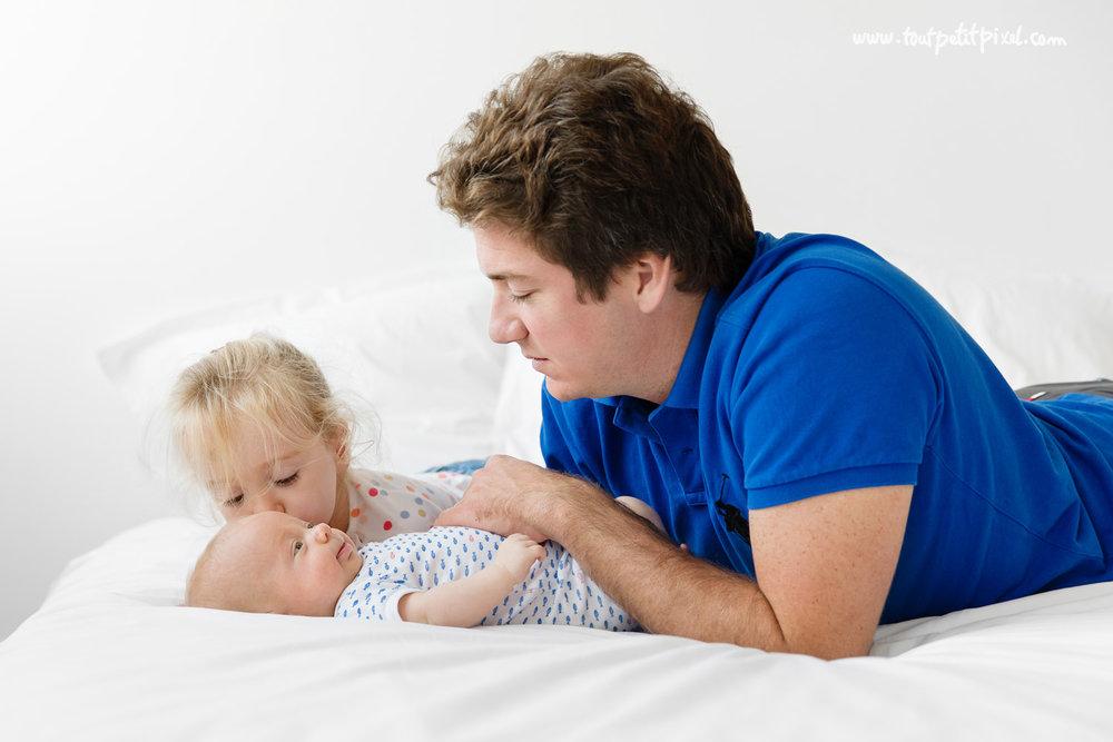 photographe-bebe-naissance-marseille.jpg