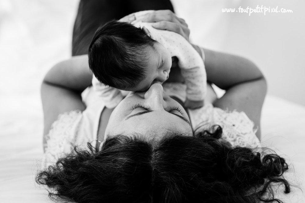 photographe-maman-bebe-nouveau-ne.jpg