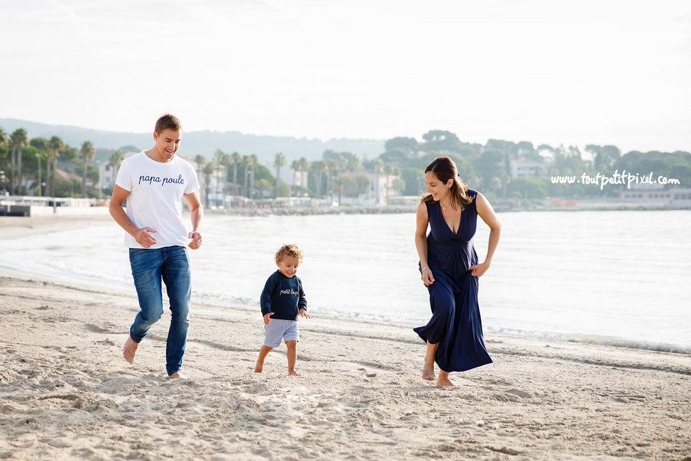 photos-de-famille-a-la-plage.jpg