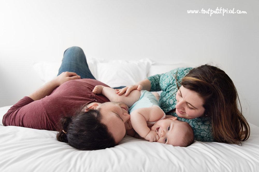 photographe-bebe-famille-marseille.jpg