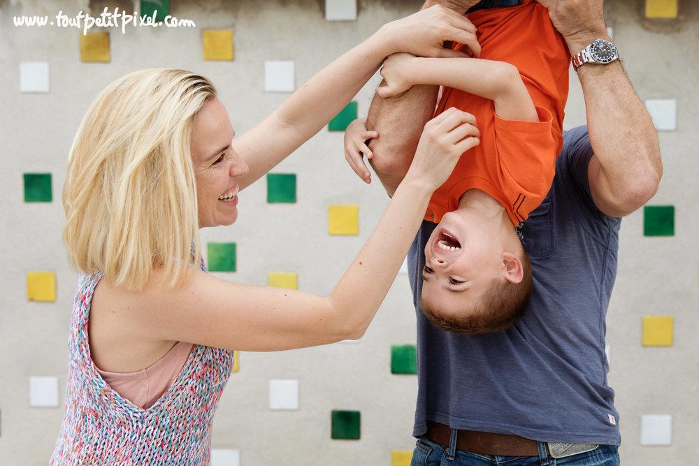 photographe-famille-marseille-corbusier.jpg
