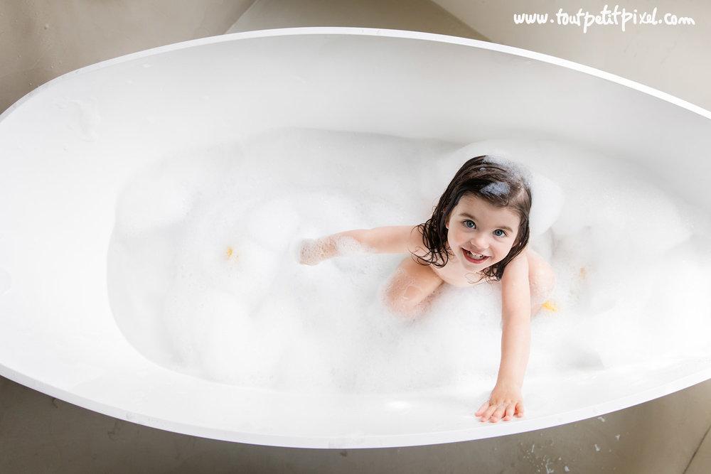 photo-enfant-marseille-baignoire.jpg