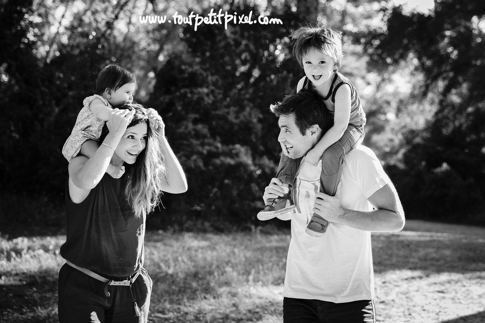 photographe-famille-marseille-parc.jpg