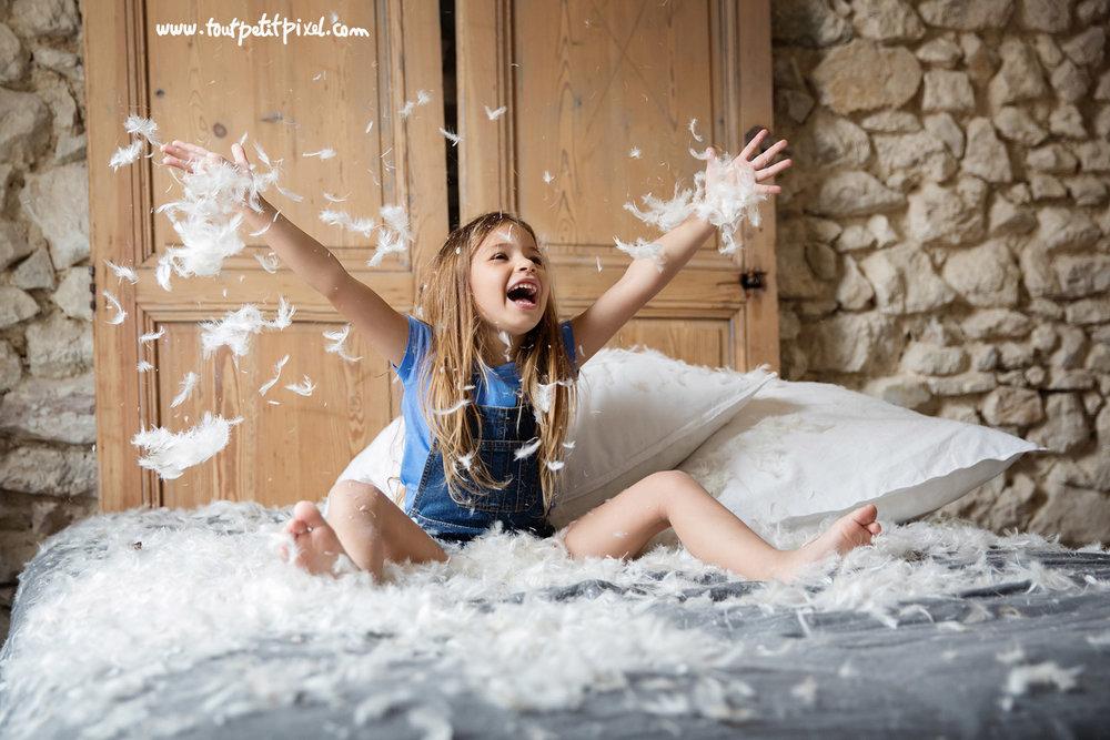 photographe-enfant-lifestyle-plumes.jpg
