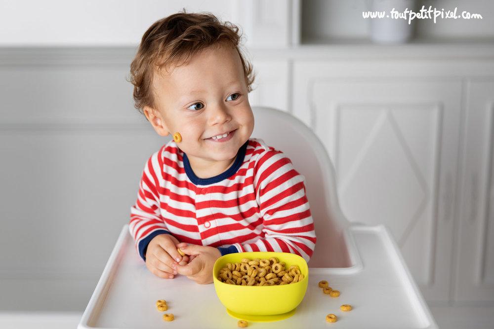 Enfant-qui mange-des cereales.jpg