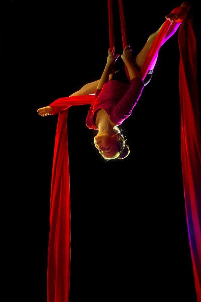 Zoe Straddle -Zane Hrynewich.JPG