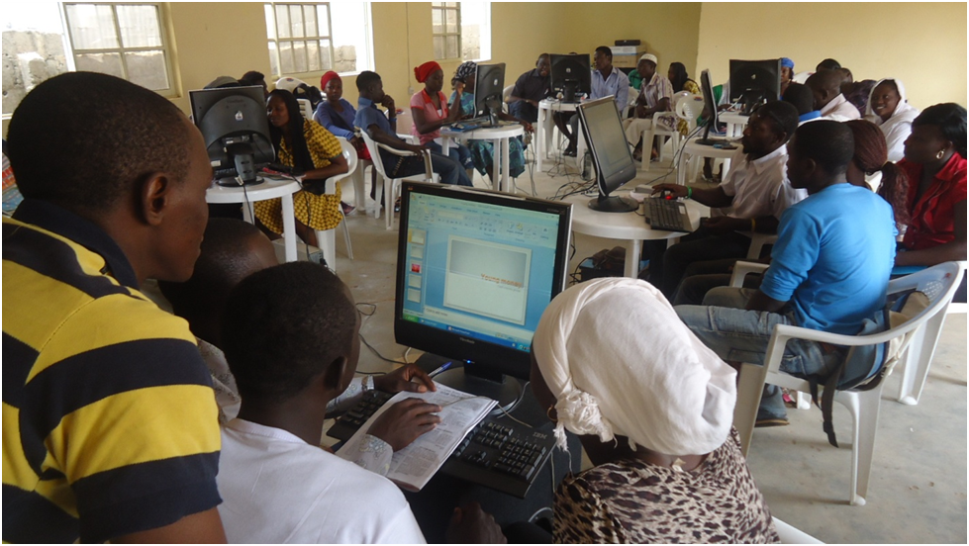 BIOGRAPHY_OF_THE_INCUBATORS_YOUTH_OUTREACH_NETWORK-NIGERIA_AND_THE_FREE_COMPUTER_TRAINING_PROGRAM.png