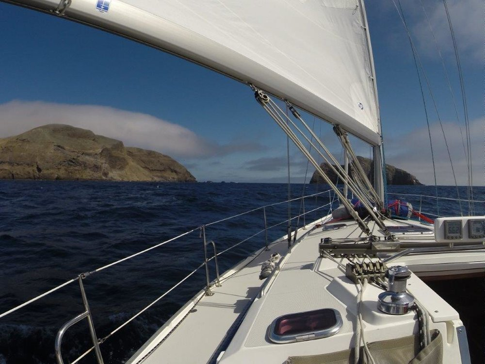 Approaching Santa Barbara Island, with Sutil Isl to Stbd