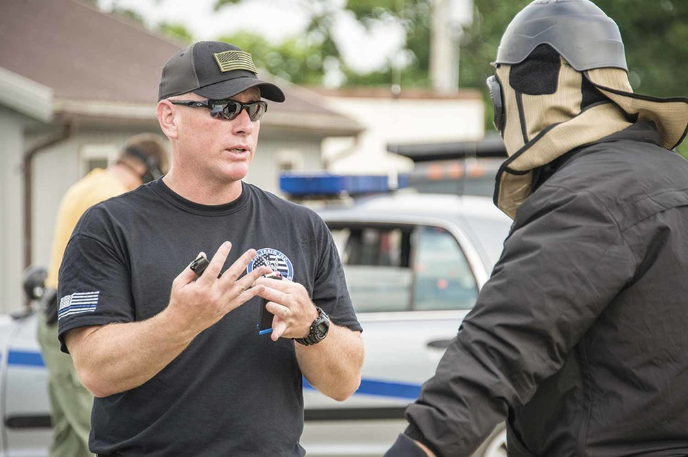 Kentucky State Police Sgt. Shawn Darby instructs a participant at STOPS training conducted in Frankfort. (Photo by Jim Robertson)