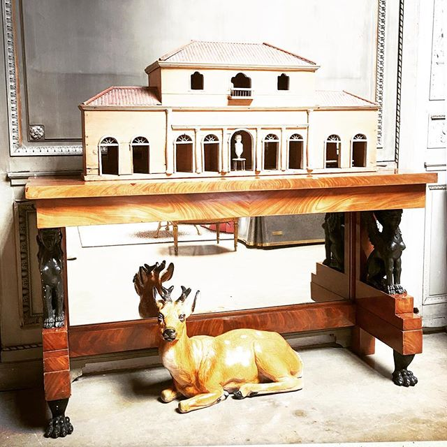 """🦌🌞🏛SUMMER VILLA STYLE We like a #Continental mix @embreeandlake . For your considerations one of a pair of #CharlesX CONSOLES , 60 1/2"""" L x 18""""D x 34 1/2""""H . Supporting players, a recent addition, a miniature #ItalianVilla 45""""L x 13""""D x 20""""H and an #Italian glazed #Terracotta #Stag 27""""L x 12""""D x 17""""H"""