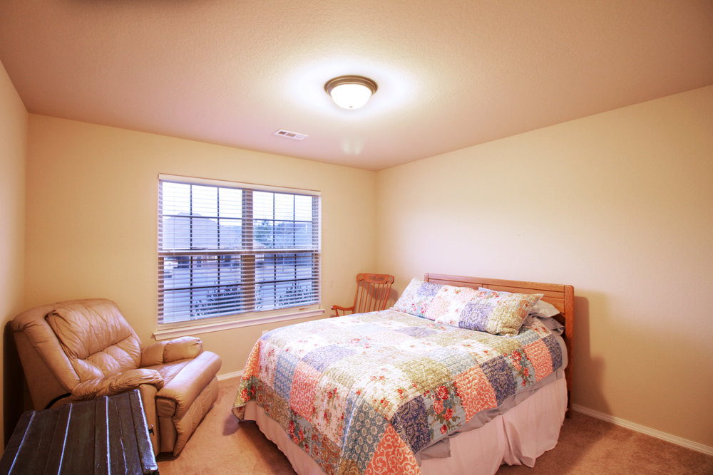 3050 Hook Bedroom 1.jpg