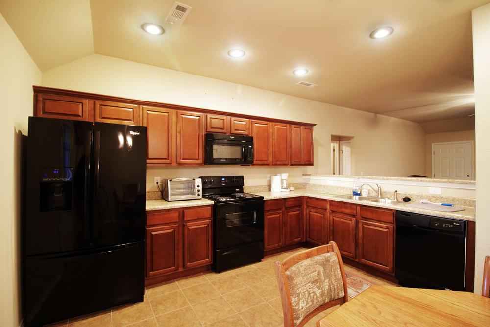 3050 Hook Kitchen 2.jpg