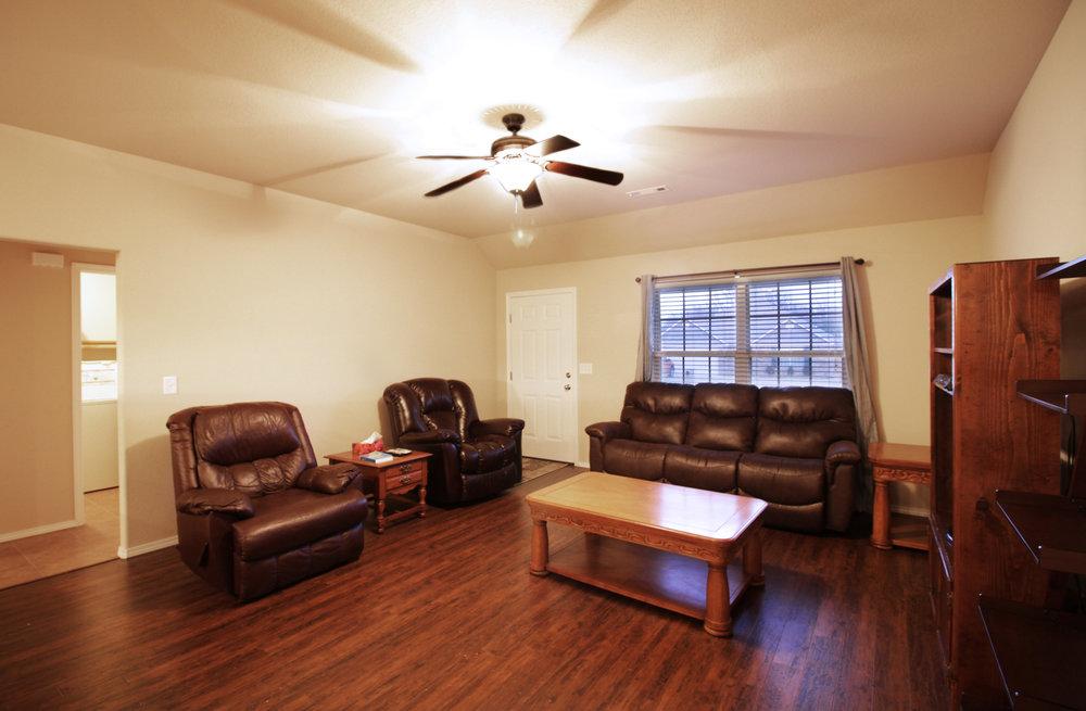 3050 Hook Living Room.jpg