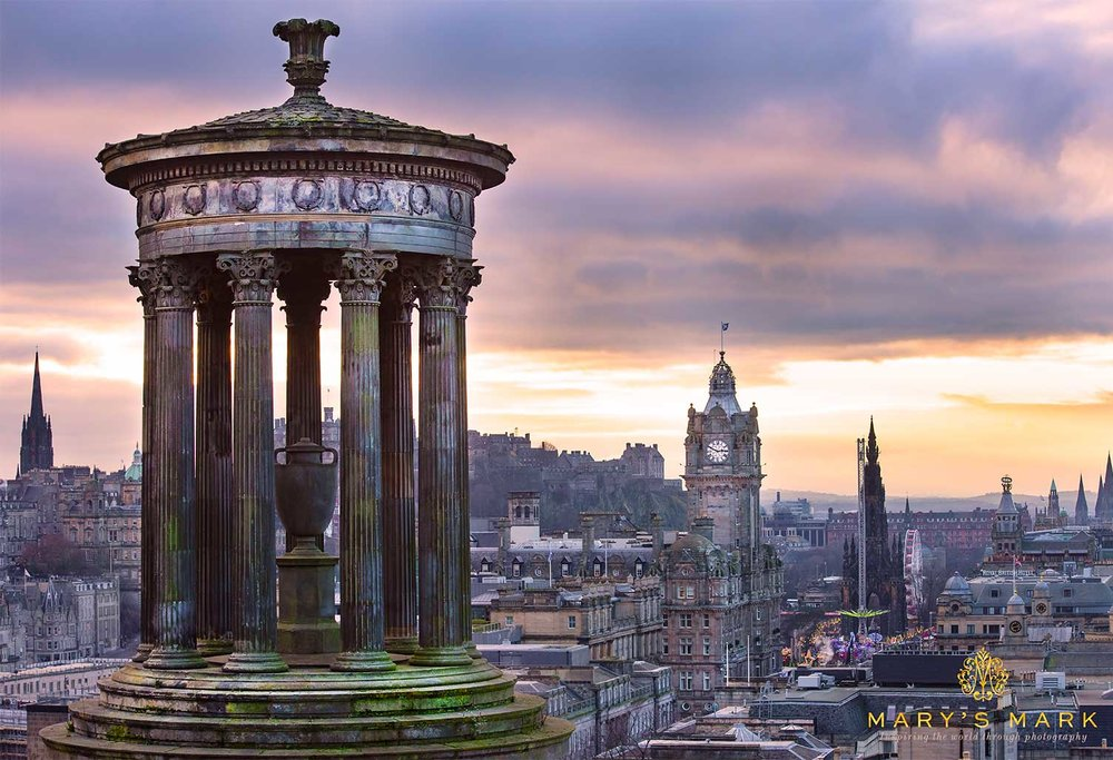 Large-Wall-Art-of-Edinburgh-Scotland-by-Mary-Parkhill.jpg