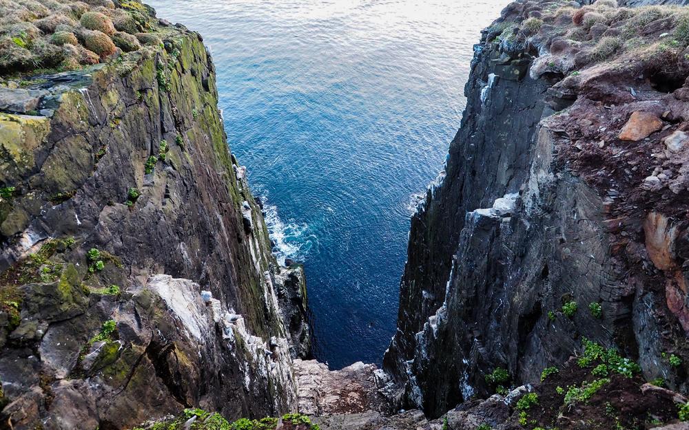 2016-iceland-latrabjarg-cliffs-02.jpg