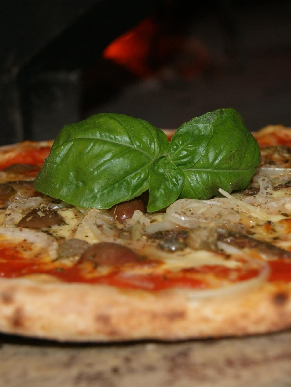 STUMPY'S PIZZA - Wood fired mediterranean pizza that is easy to share