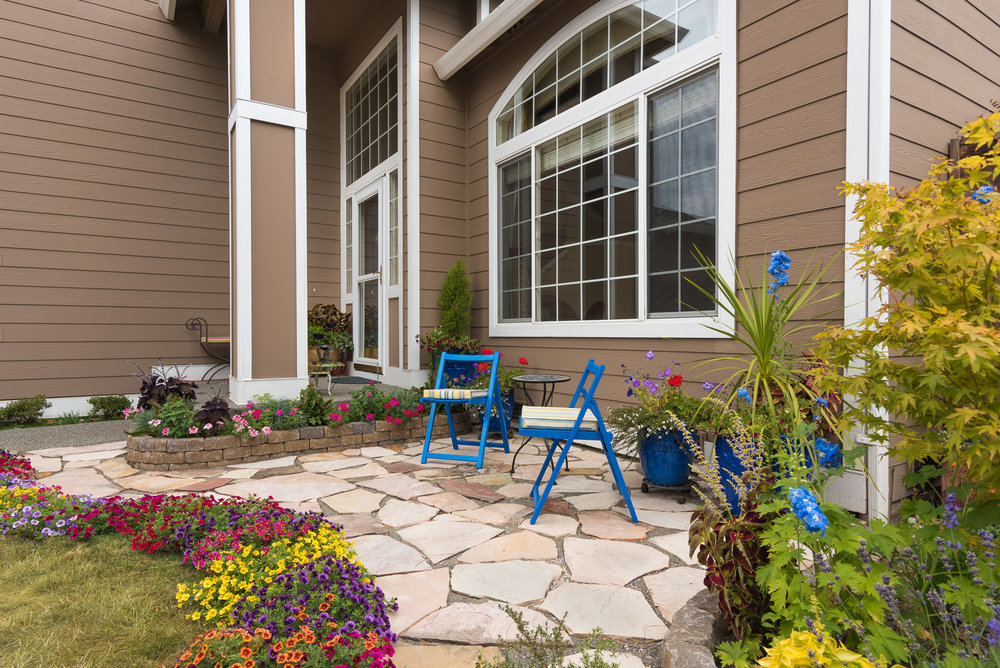 Tacoma area home exterior front patio - real estate photography