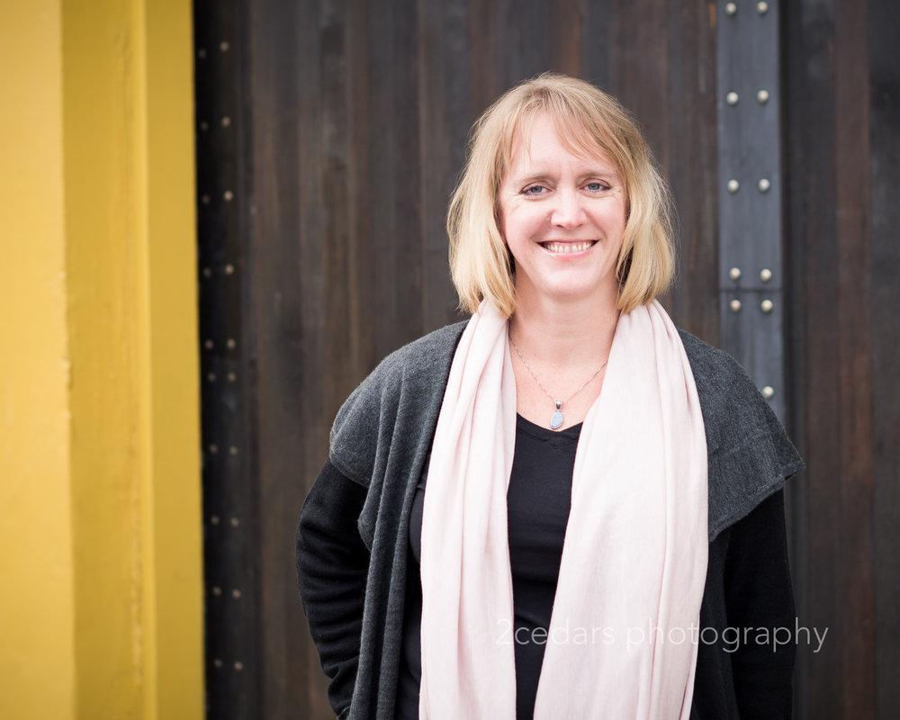 Women's headshot photography in downtown Tacoma, WA