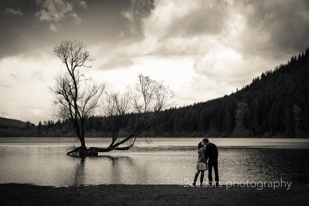Rattlesnake Lake Couple Silhouette