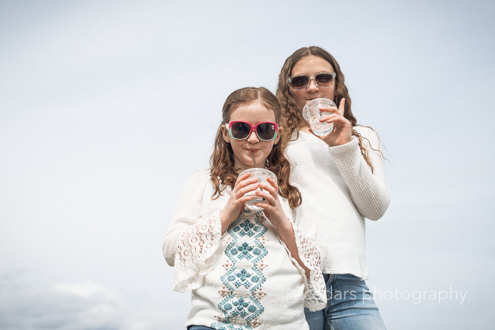 2 Cedars Photography - Family Photos - Sisters in Sunglasses