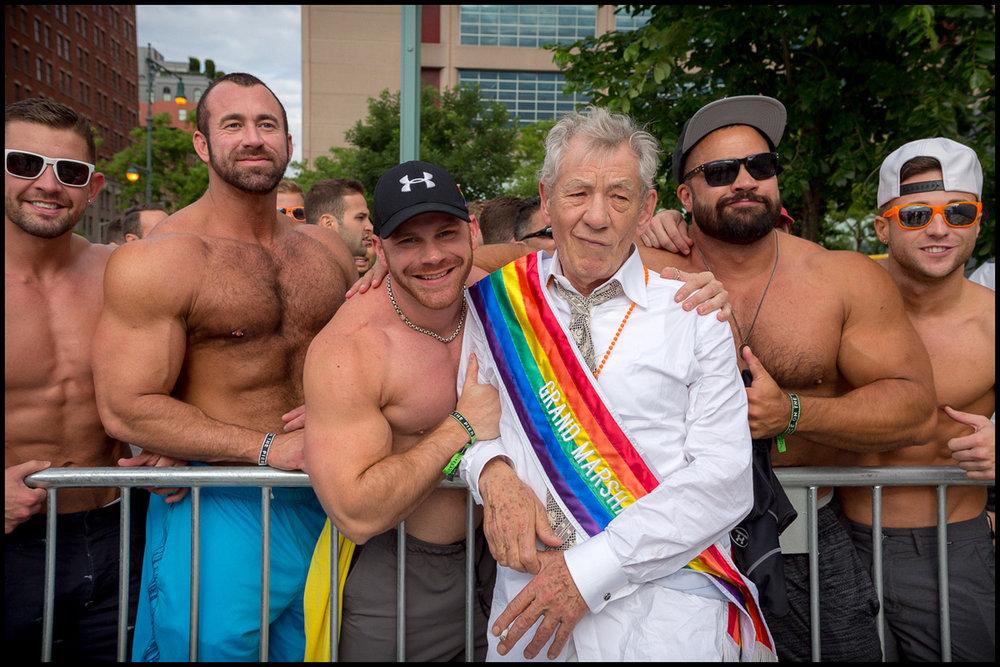 Pride 2015.06.28 %22Pier Dance%22  0052.jpg