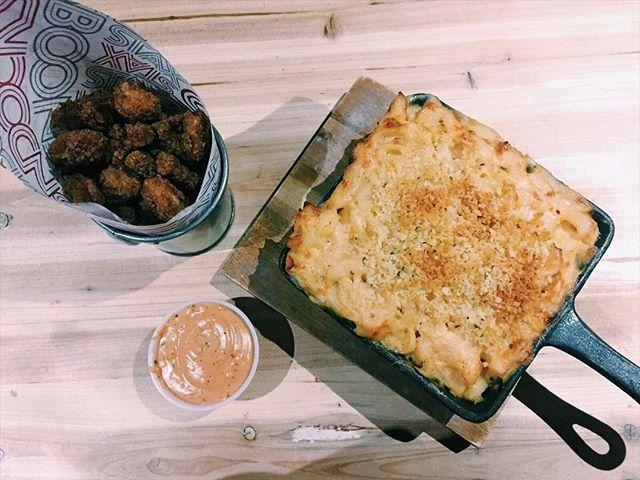 TREAT YO'SELF!! #popcornshrimp and #macandcheese 👌👍