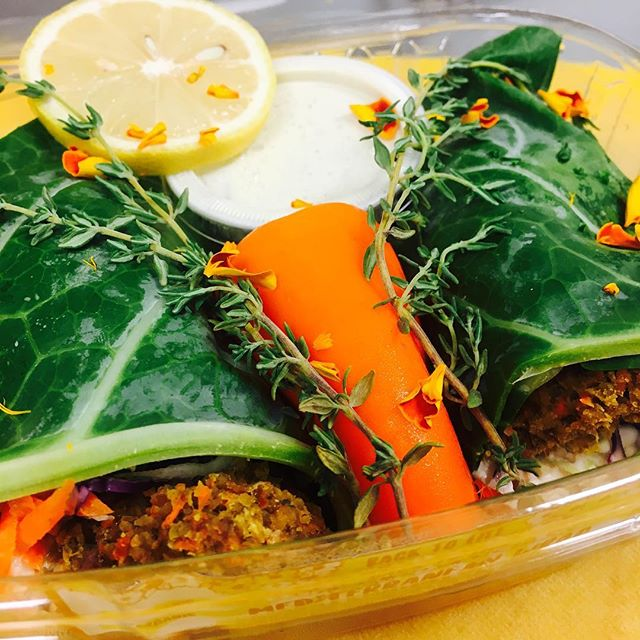 You asked, we WRAPPED😄🌯#Raw #Organic #Vegan #Glutenfree #MediterraneanWrap Because #WELOVEYOU ☀️💛 #YUM ✨😋✨