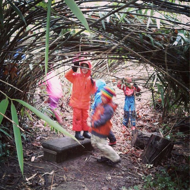 Creating worlds of fun! #buddies #bamboo #muddykids #forestplay #rainyseason #forestschool #motherearthschool #playoutside #rewild #permaculture