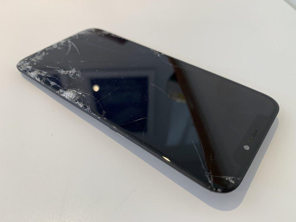 digitizer oled repair iPhone x in San Diego. Fixed by San Diego Mac Repair Apple Certified