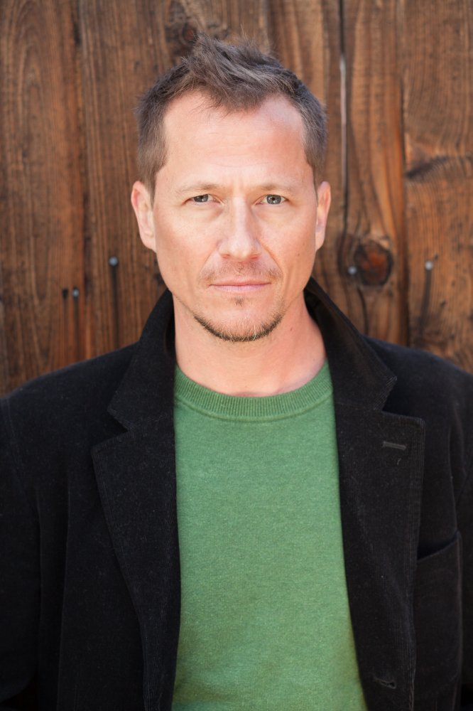 Actor Corin Nemec playing Peter/Rottentail