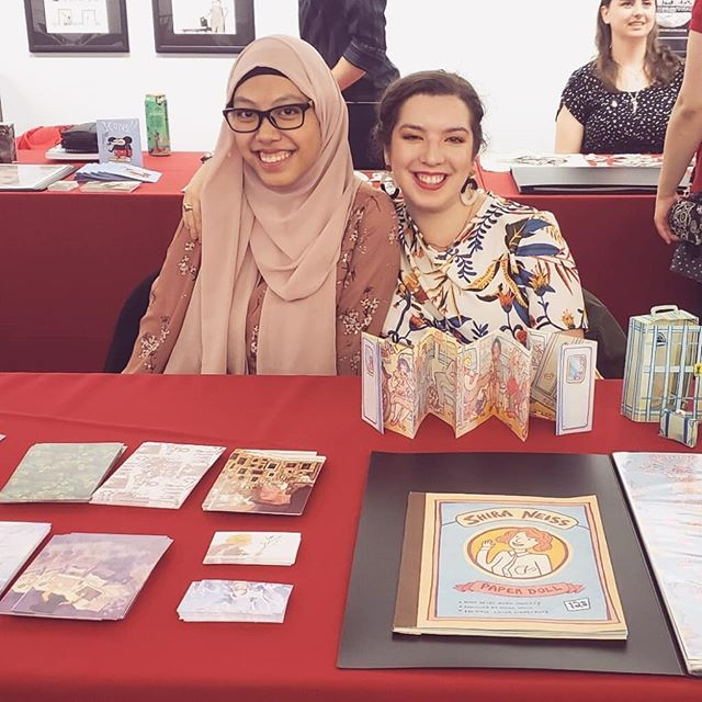 Yesterday we graduating seniors had an industry review day at the Society of Illustrators, and met with many art professionals and potential clients. I still cant believe I'm done with school, and yesterday was a lovely way to end my *cough* long journey as a student 🤗 . . . #school #illustration #societyofillustrators #graduating #classof2018 #artists #sva  #schoolofvisualarts #riso #cartooning #zines #nyc #seniors #readytorumble