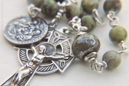 RosaryBench_theindeliblemark.jpg