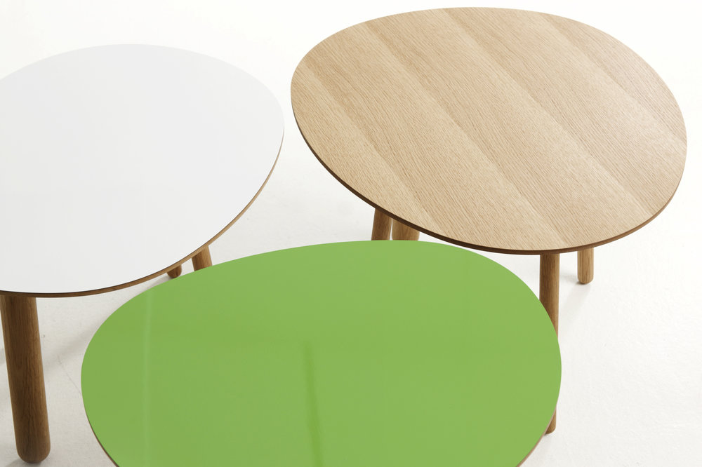 Morris coffee tables model 2 in white, model 1 in apple green and model 6 in oak