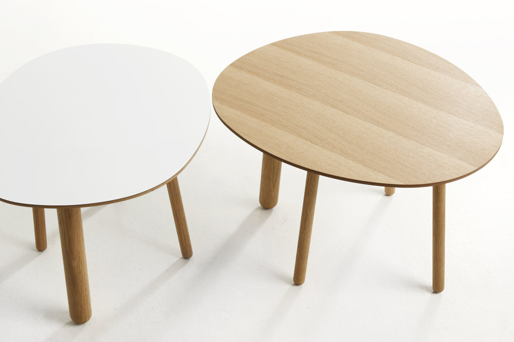 Morris coffee table model 2 in white and model 6 in oak