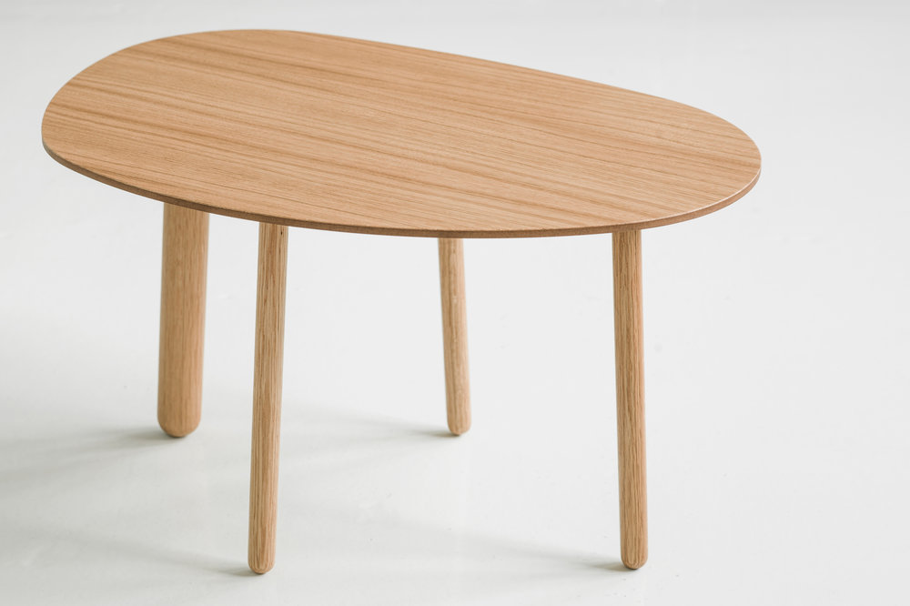 Morris coffee table model 4 in oak