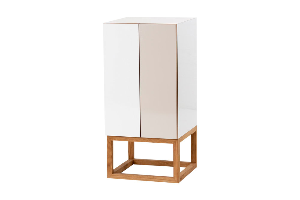Habitek Stipe cabinet in white and beige