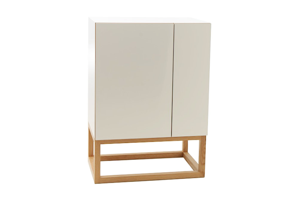 Habitek Stripe cabinet in white
