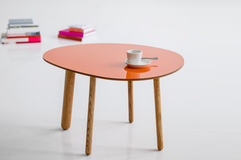 Morris coffee table model 1 in glossy orange