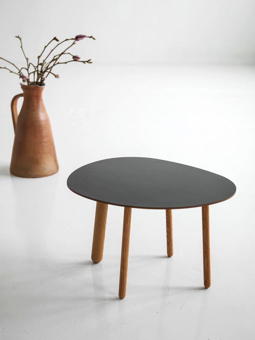 Morris coffee table model 1 in black matte laminate