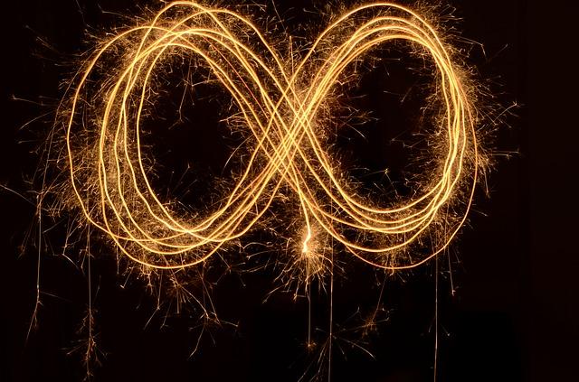 infinity-1737624_640.jpg