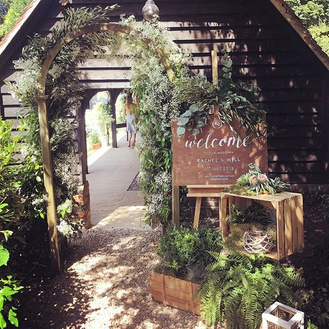 Congratulations @raldersley & @willshawhd - thank you for sending me some photos, your day looked beautiful 💕 an all time favourite welcome sign in situ right there ⬆️ #theshaws2018 #weddingsign #weddingentrance #moderncalligraphy #calligraphylondon #welcomesign