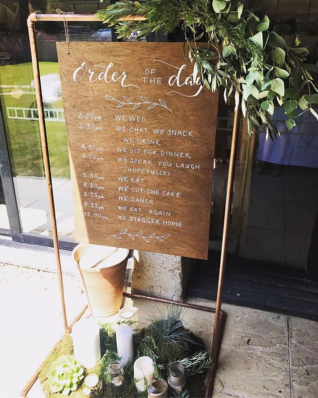 Order of the Day 🥂 I loved creating this for @rachel.c.shaw & @willshawhd - you made it look so beautiful 💛 #orderoftheday #weddingsign #theshaws2018 #weddinginspo