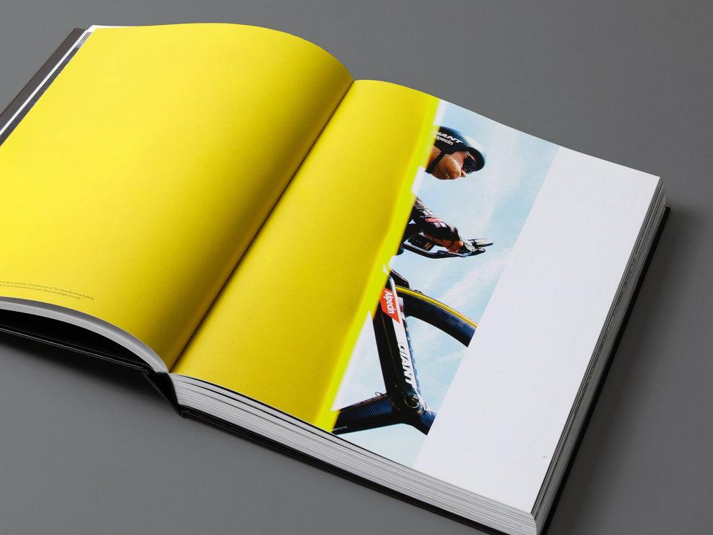 mendo-books-Sportret-studio-01-3-van-18-e1510412544814-2000x1500-c-default.jpg